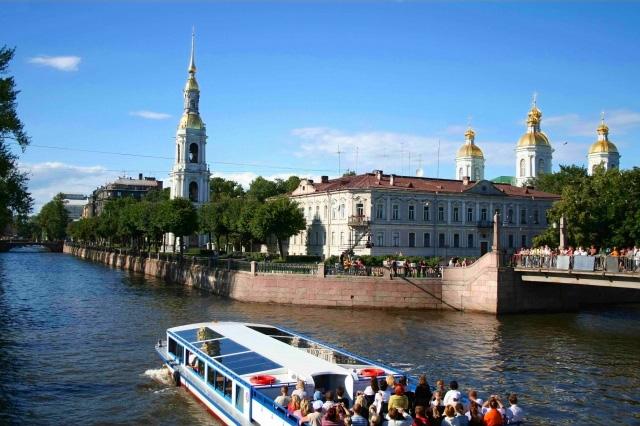 Экскурсия по рекам и каналам